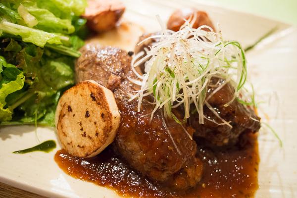 エゾシカ肉のハンバーグ